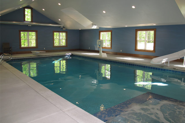 Concrete pool and spa builder