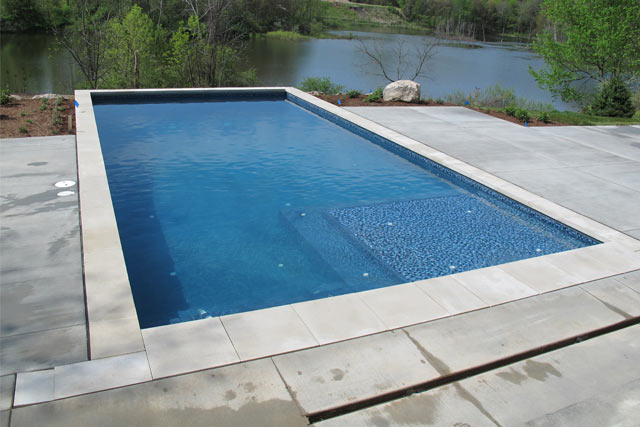Concrete pool builder