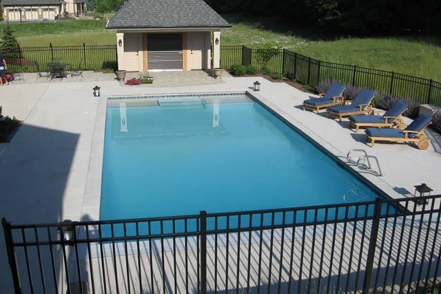 Shotcrete swimming pool