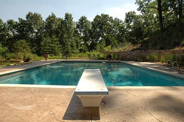 custom concrete pool and spa