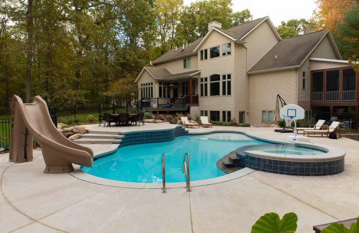 Custom shape concrete pool